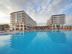 RODINNÝ - Eftalia Aqua Resort*****